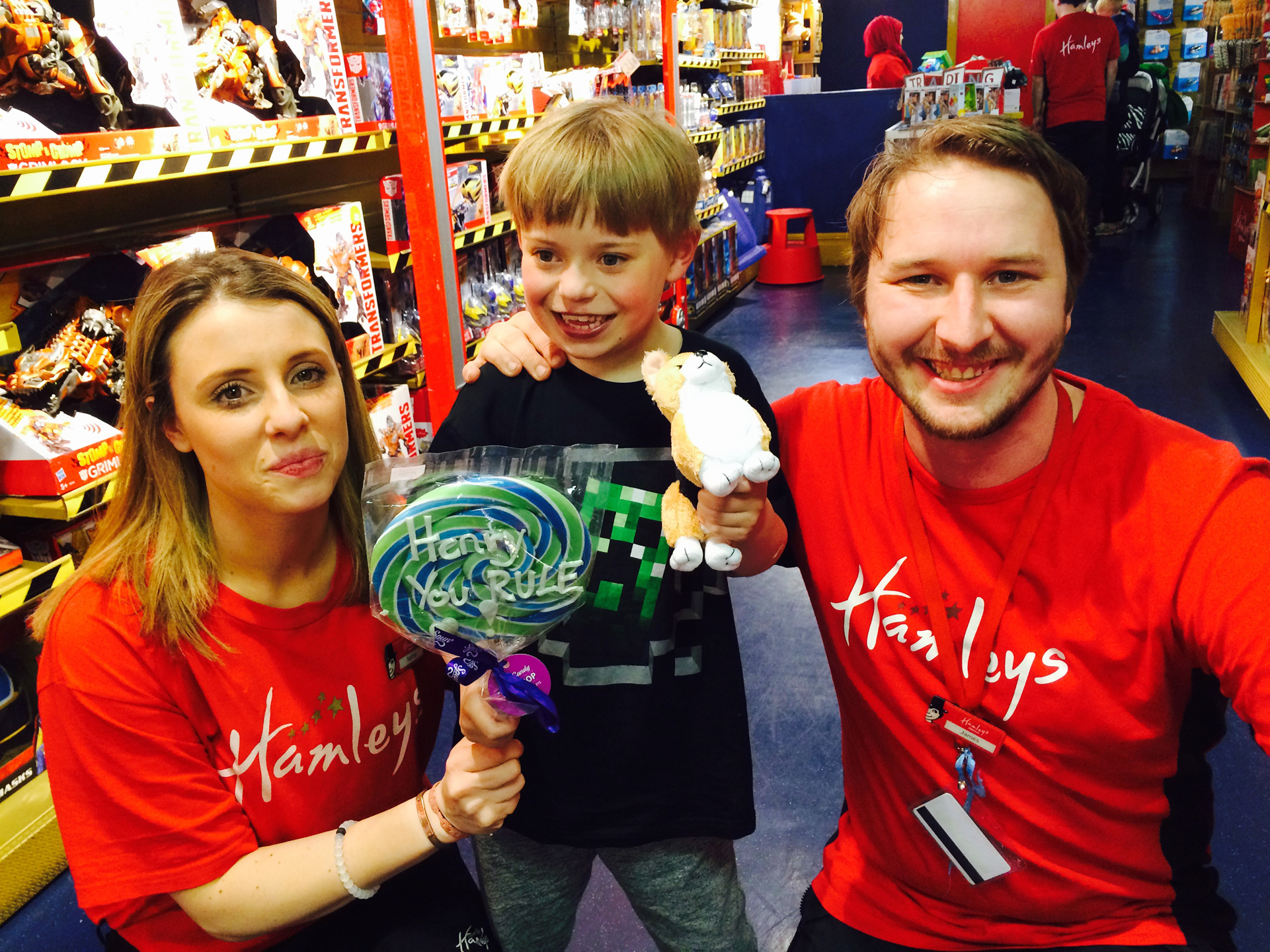 1-sophia-and-james-at-hamleys
