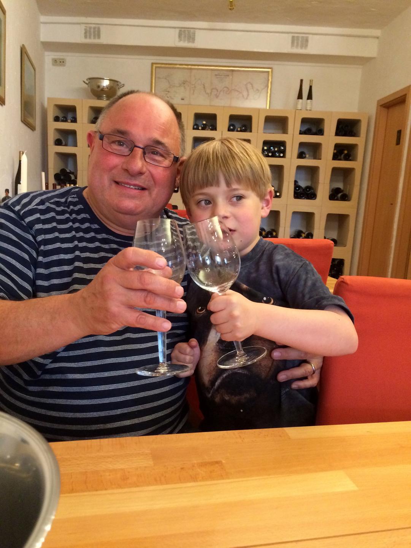 13-wine-tasting