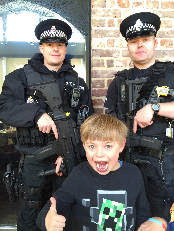 4-st-pancras-security-staff